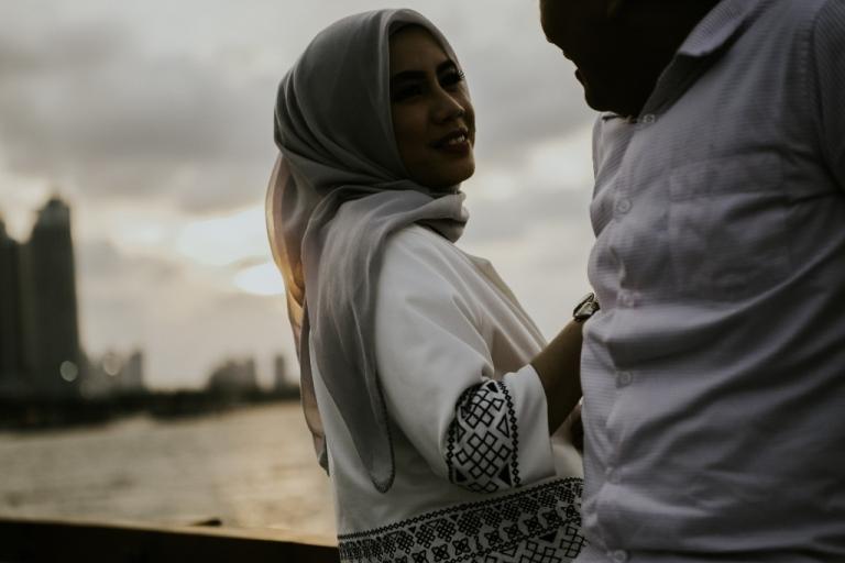prewedding-unik-outdoor