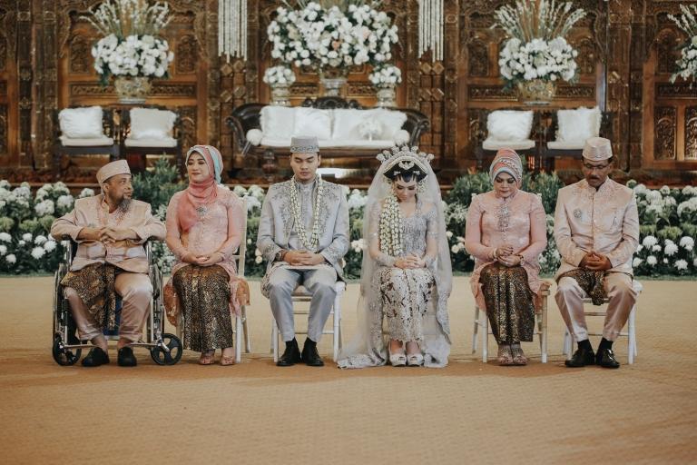 jasa foto wedding di puri ardhya garini