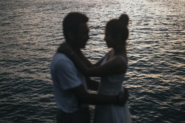 prewedding-di-pantai-tanjung-lesung