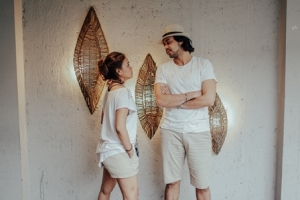 gaya-foto-prewedding-simple